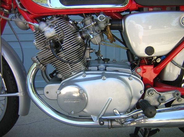 h305 For Sale - 1964 CB77